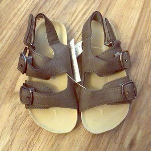 GAP Shoes - NWT baby gap sandals